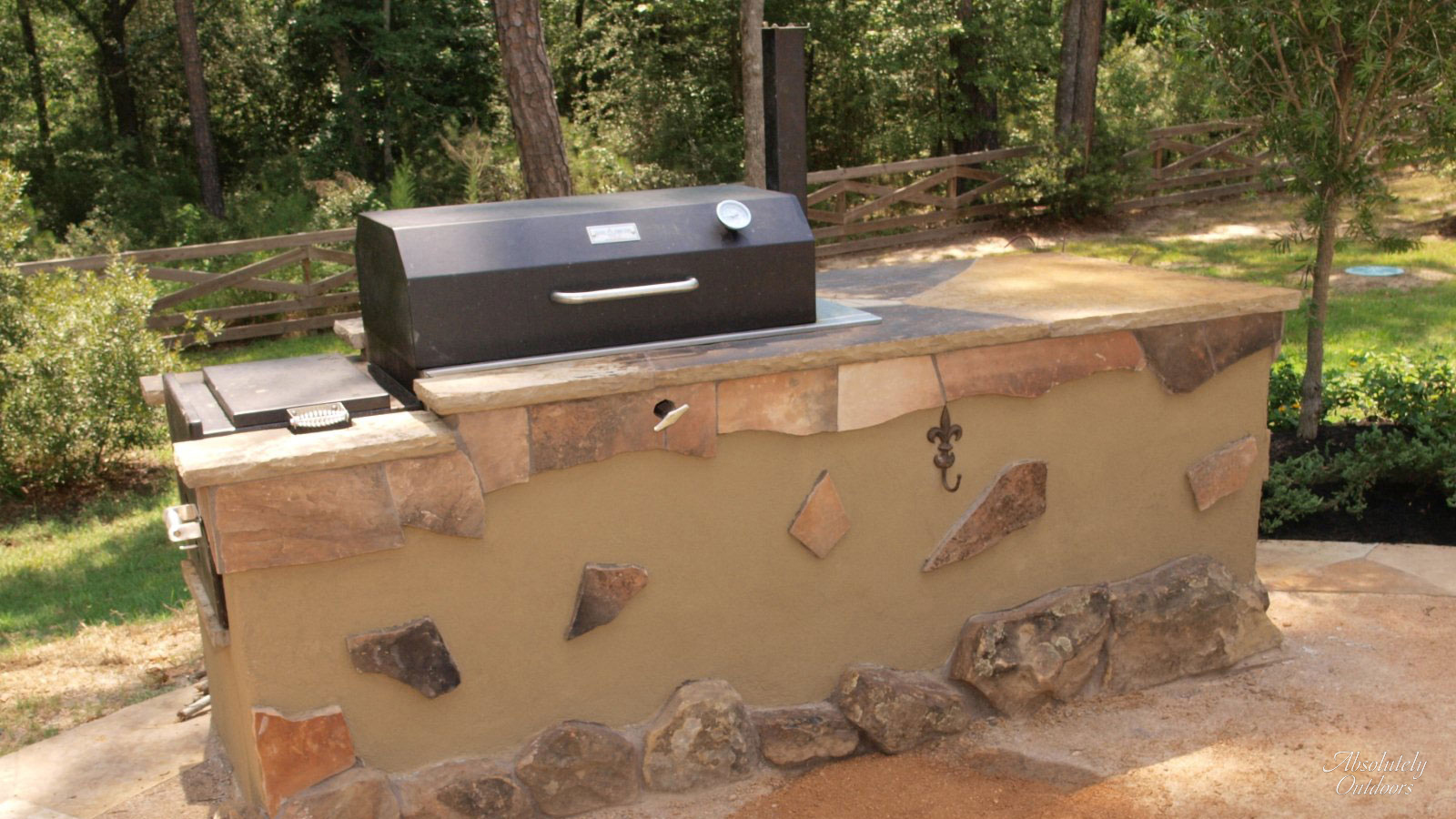 The Woodlands TX Custom Outdoor Grill Landscape Design